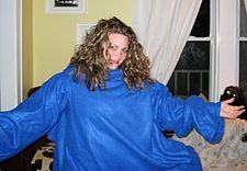 225px-Snuggie_model.JPG